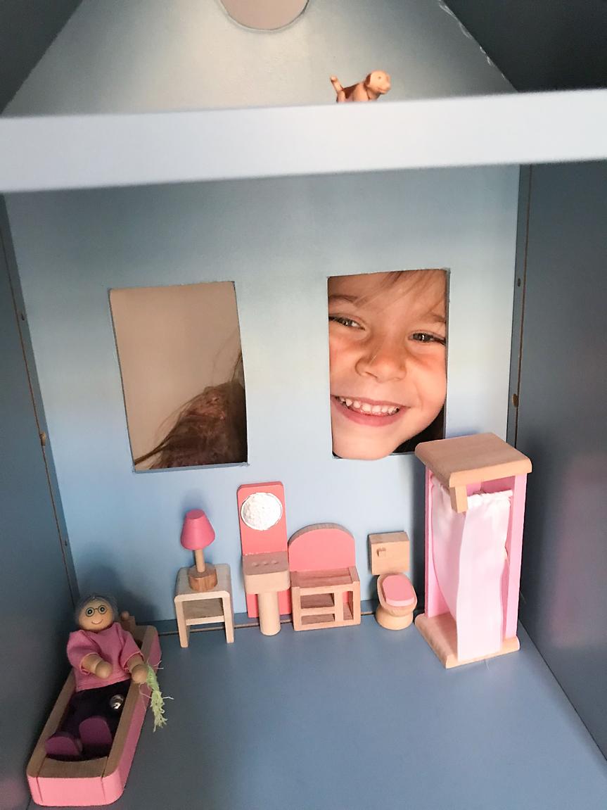Casa de boneca no canal_09 copy