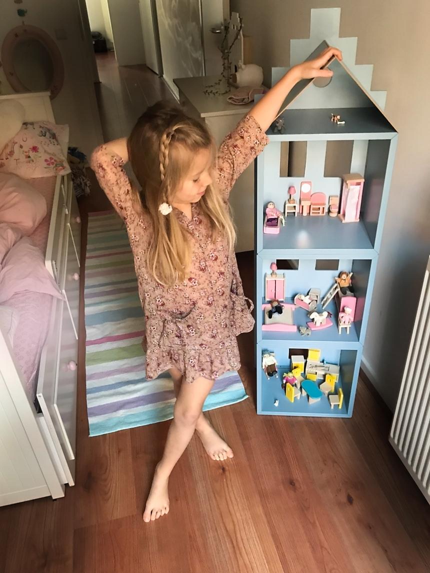Casa de boneca no canal_10 copy
