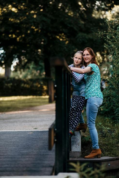 Sandra and Helena 03
