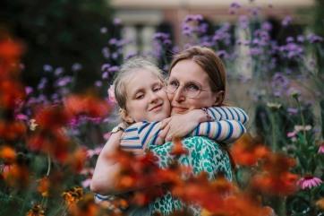 Sandra and Helena 10