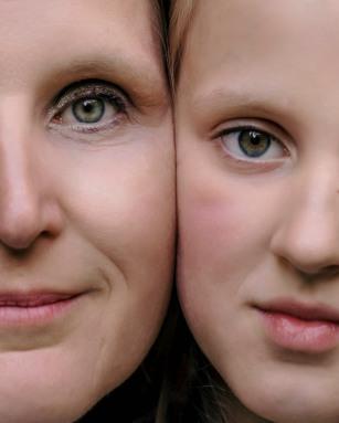 Sandra and Helena 16b